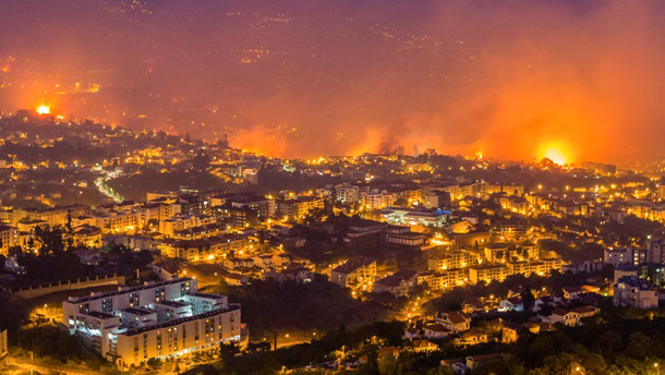 Monitoring of fires on the Portuguese island of Madeira for EMERCOM (Russia) (11.08.16)