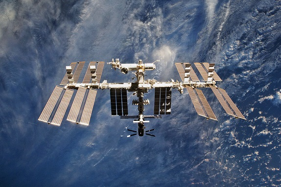 The ISS orbit will be raised by almost 900 meters