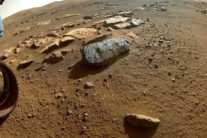 Traces of water were found in the Martian soil